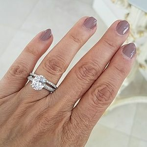 2.5ct Oval cut Engagement Ring size 7